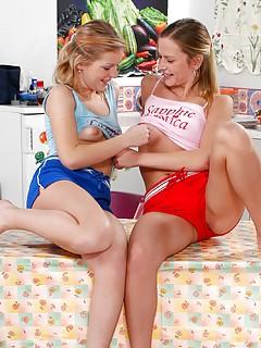 Lesbian Shorts Pics
